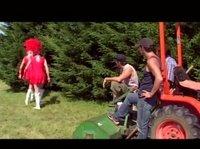Групповуха колхозников с марширующими телками