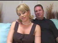 Жена изменяет мужу орально